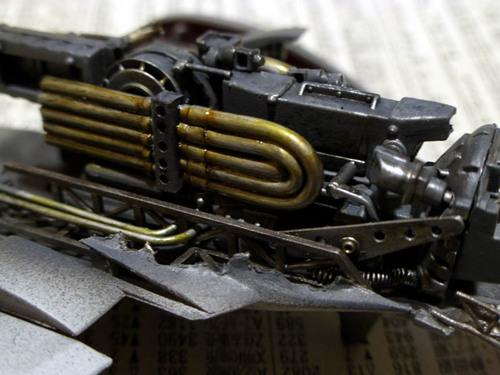 エンジンの塗りワケ.jpg