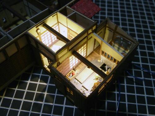 台所と茶の間の点灯.jpg