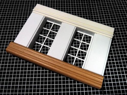 2階の壁に窓.jpg